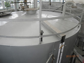タンク天井
